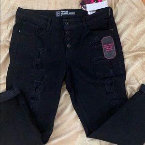 NWT Black distressed jeans-sz 15